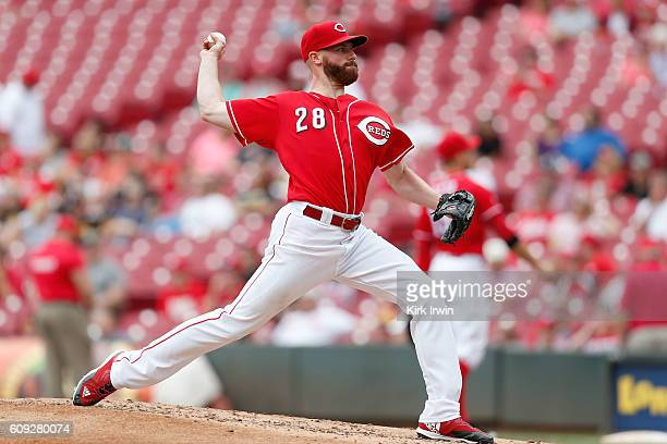 Anthony DeSclafani of the Cincinnati Reds throws a pitch during the game against the Pittsburgh Pirates at Great American Ball Park on September 17...