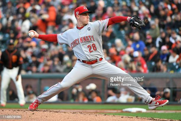 Anthony DeSclafani of the Cincinnati Reds throws a pitch in the first inning against the San Francisco Giants during their MLB game at Oracle Park on...