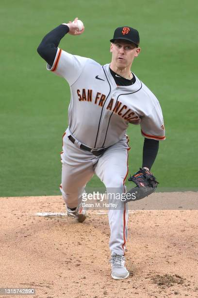 Anthony DeSclafani of the San Francisco Giants pitches during the first inning of a game against the San Diego Padres at PETCO Park on May 01, 2021...
