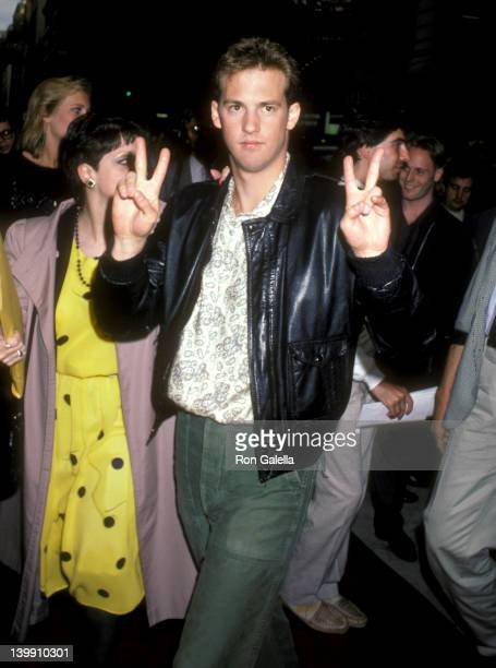 Anthony Edwards at the Premiere of 'Top Gun' Loews Theater New York City