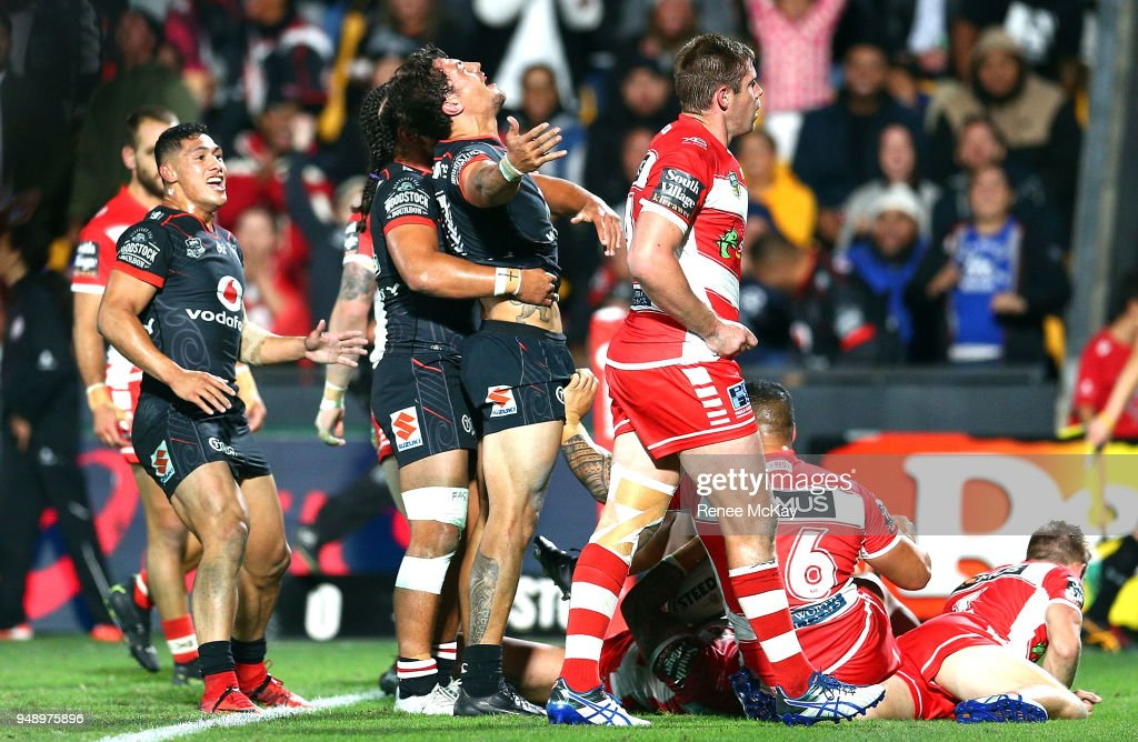 Anthony Gelling of the Warriors celebrates his try during the round seven NRL match between the New Zealand Warriors and the St George Illawarra Dragons at Mt Smart Stadium on April 20, 2018 in Auckland, New Zealand.
