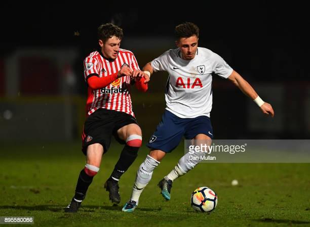 Anthony Georgiou of Tottenham Hotspur holds off Elliot Embleton of Sunderland during the Premier League Two match between Tottenham Hotspur and...