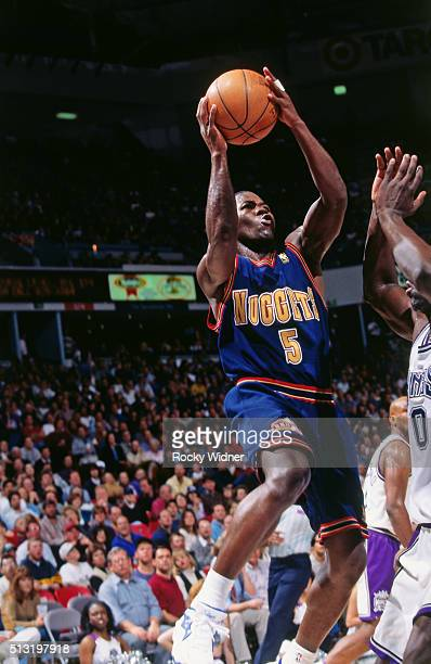 Anthony Goldwire of the Denver Nuggets shoots against the Sacramento Kings circa 1997 at Arco Arena in Sacramento, California. NOTE TO USER: User...