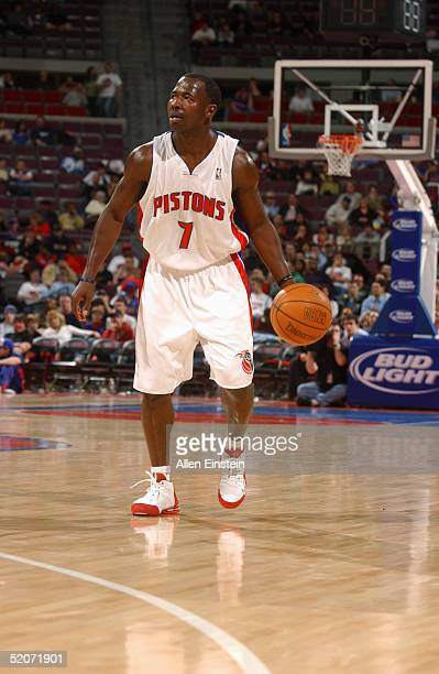 Anthony Goldwire of the Detroit Pistons moves the ball during the game with the Memphis Grizzlies on January 6, 2005 at the Palace of Auburn Hills,...