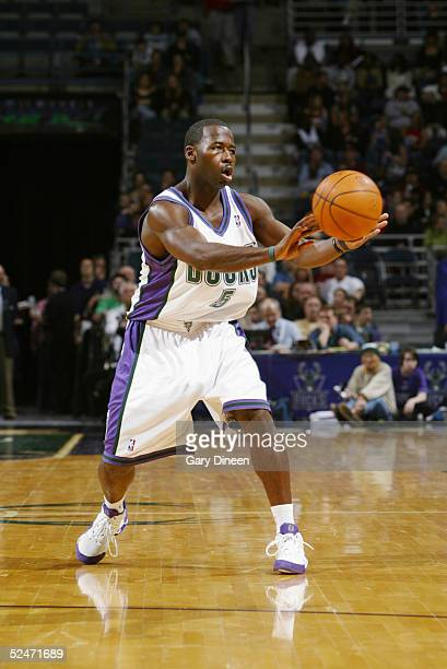 Anthony Goldwire of the Milwaukee Bucks passes the ball against the Dallas Mavericks during the game on March 11, 2005 at the Bradley Center in...