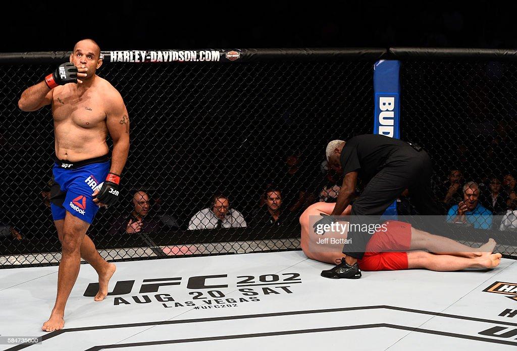 UFC 201: Hamilton v Grabowski : News Photo