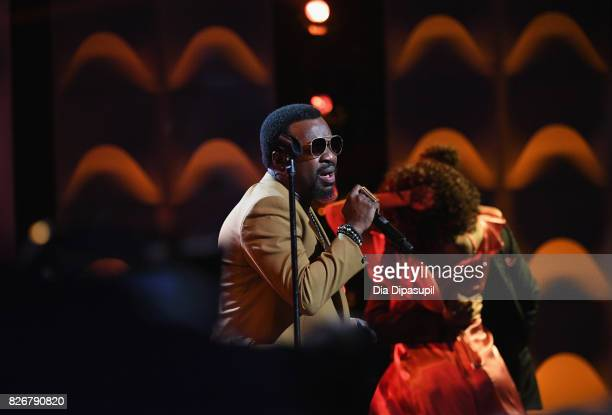 Anthony Hamilton performs onstage during Black Girls Rock 2017 at NJPAC on August 5 2017 in Newark New Jersey