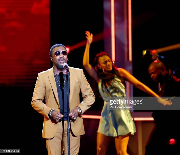 Anthony Hamilton performs onstage during the 2017 Black Girls Rock at NJPAC on August 5 2017 in Newark New Jersey