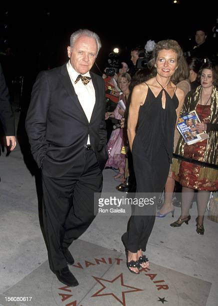Anthony Hopkins and Wife Jennifer Lynton during 2001 Vanity Fair Oscar Party Arrivals at Morton's Restaurant in Beverly Hills California United States