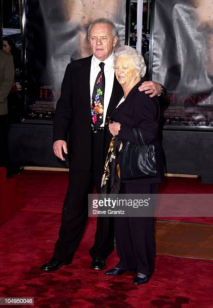 Anthony Hopkins Mom Muriel during Anthony Hopkins Footprint Ceremony at Mann's Chinese Theater in Hollywood California United States