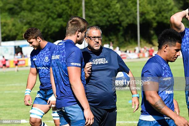 Anthony Jelonch of Castres and Christophe Urios Coach of Castres and Team of Castres during a friendly match between Castres and Aurillac at Stade de...