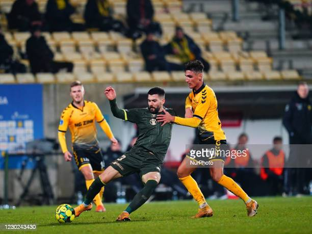 Anthony Jung of Brøndby and Lirim Qamili of AC Horsens during the Superliga match between AC Horsens and Brøndby at CASA Arena, Horsens, Denmark on...