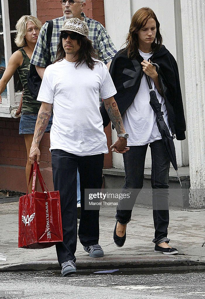 Anthony Kiedis Sighting In New York - June 25, 2006 : Foto jornalística