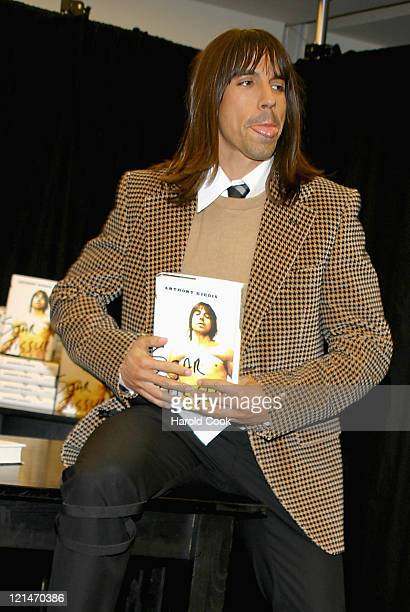 Anthony Kiedis during Anthony Kiedis Signs Copies of His Book Scar Tissue at Barnes Noble in New York City New York United States