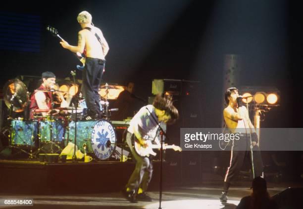 Anthony Kiedis Flea Chad Smith John Frusciante Red Hot Chili Peppers Sportpaleis Antwerpen Belgium