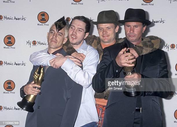 Anthony Kiedis John Frusciante Flea and Chad Smith