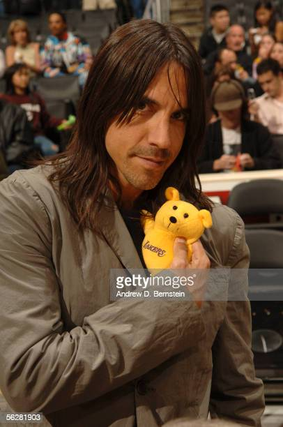 Anthony Kiedis lead singer of the Red Hot Chili Peppers poses for a pic while the Los Angeles Lakers play against the New Jersey Nets November 27...