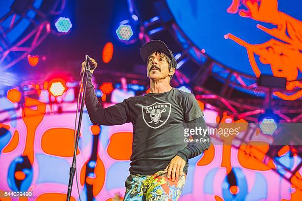 Anthony Kiedis of Red Hot Chili Peppers performs live at Open'er Festival at Gdynia Kosakowo Airport on June 30 2016 in Gdynia Poland