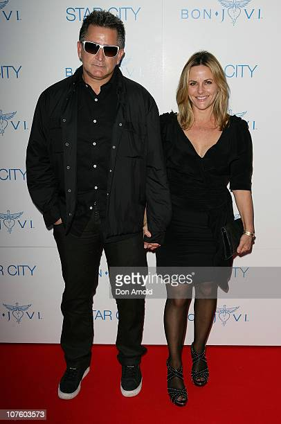 Anthony LaPaglia and Gia Carides arrive for an exclusive Bon Jovi concert at Star City on December 15 2010 in Sydney Australia