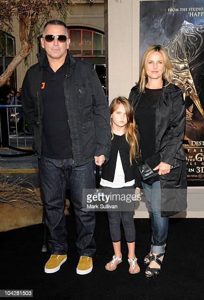 Anthony LaPaglia Bridget LaPaglia and Gia Carides attend the Los Angeles premiere of Legend Of The Guardians The Owls Of Ga' Hoole at Grauman's...