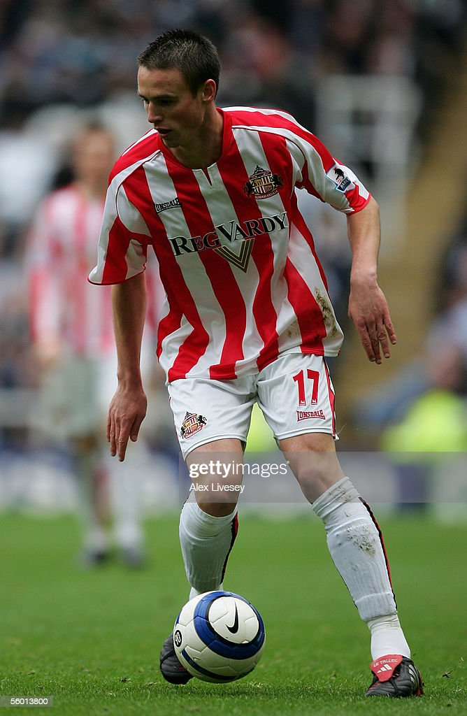 Anthony Le Tallec of Sunderland during the Barclays Premiership match between Newcastle United and Sunderland at St James' Park on October 23, 2005 in Newcastle, England.