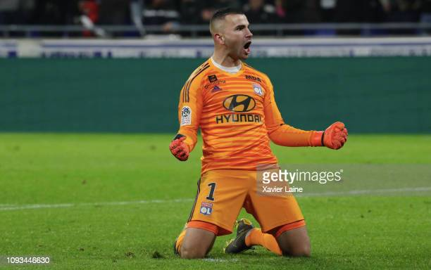 Anthony Lopes of Olympique Lyon celebrate the the victory during the Ligue 1 match between Olympique Lyon and Paris Saint Germain at Groupama Stadium...