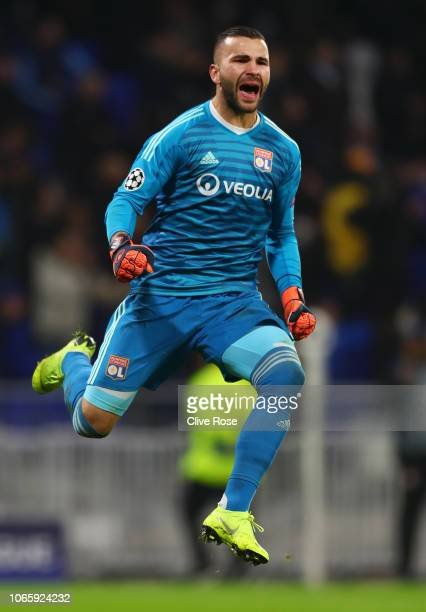 Anthony Lopes of Olympique Lyonnais celebrates during the Group F match of the UEFA Champions League between Olympique Lyonnais and Manchester City...