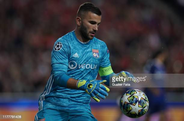 Anthony Lopes of Olympique Lyonnais in action during the UEFA Champions League Group G match between SL Benfica and Olympique Lyon at Estadio da Luz...