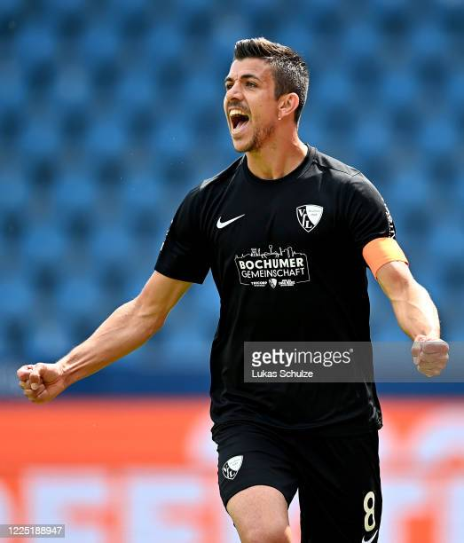 Anthony Losilla of Bochum celebrates after he scores the opening goal during the Second Bundesliga match between VfL Bochum 1848 and 1. FC Heidenheim...