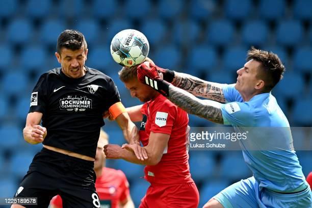 Anthony Losilla of Bochum scores the opening goal during the Second Bundesliga match between VfL Bochum 1848 and 1. FC Heidenheim 1846 at Vonovia...