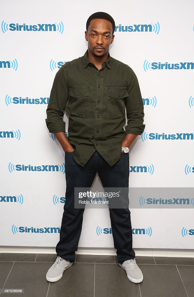 Celebrities Visit SiriusXM Studios - November 17, 2015
