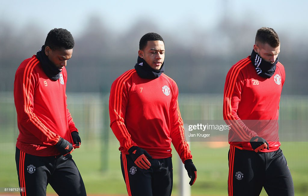 Manchester United Training Session & Press Conference : News Photo