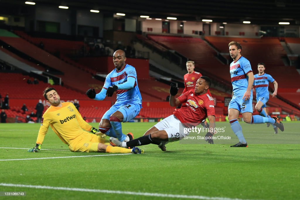 Manchester United v West Ham United: The Emirates FA Cup Fifth Round : ニュース写真