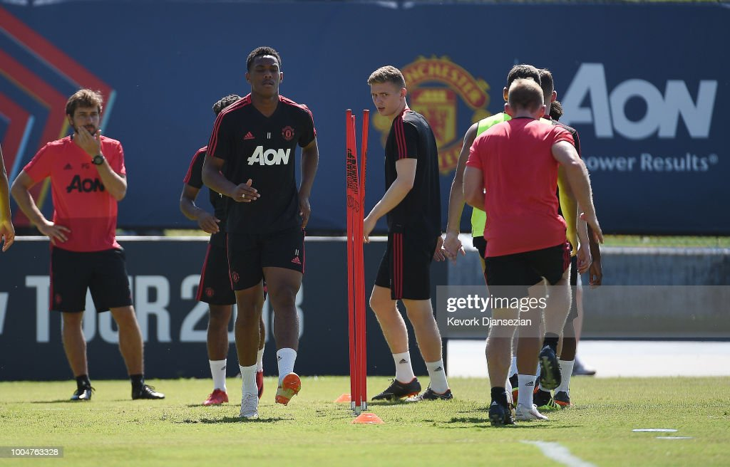 Manchester United Pre-Season Training and Press Conference : News Photo