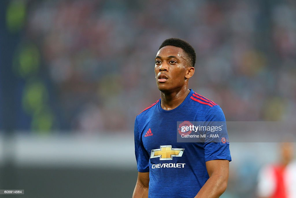 Feyenoord v Manchester United FC - UEFA Europa League : News Photo