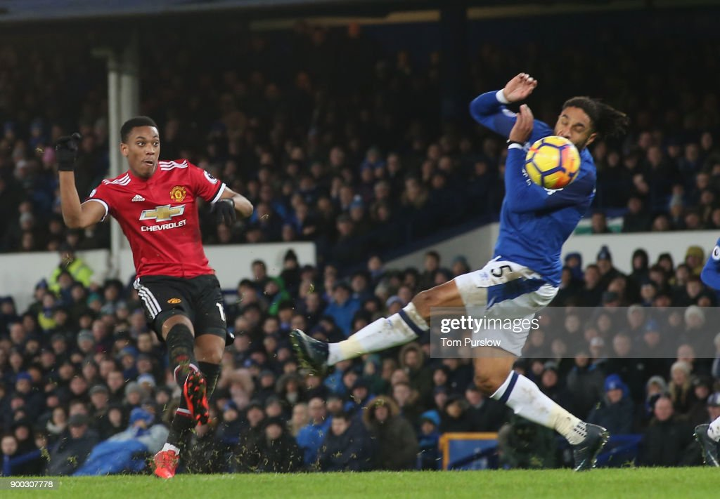 Anthony Martial of Manchester United scores their first goal during the Premier League match between Everton and Manchester United at Goodison Park on January 1, 2018 in Liverpool, England.