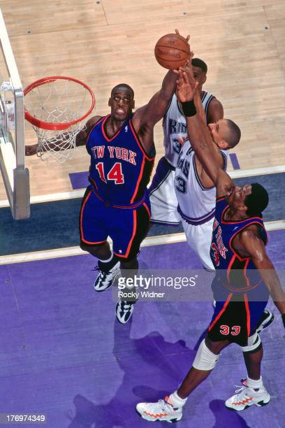 Anthony Mason of the New York Knicks rebounds against the Sacramento Kings on February 28, 1996 at Arco Arena in Sacramento, California. NOTE TO...