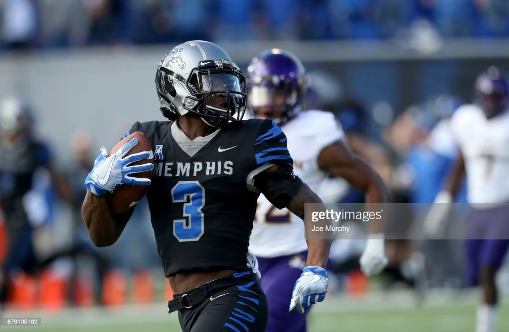East Carolina v Memphis : News Photo