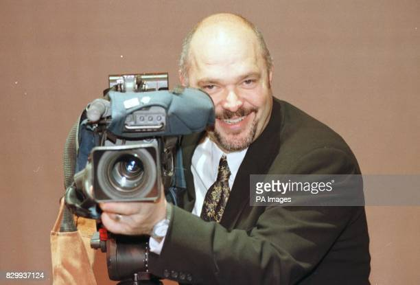Anthony Minghella director of 'The English Patient' at Hull University where he recieved an honary doctorate from 15/6/01 Minghella has been confered...
