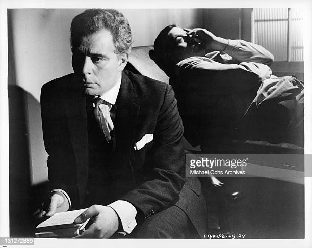 Anthony Newlands as Robert Webber's psychiatrist in a scene from the film 'Hysteria' 1965