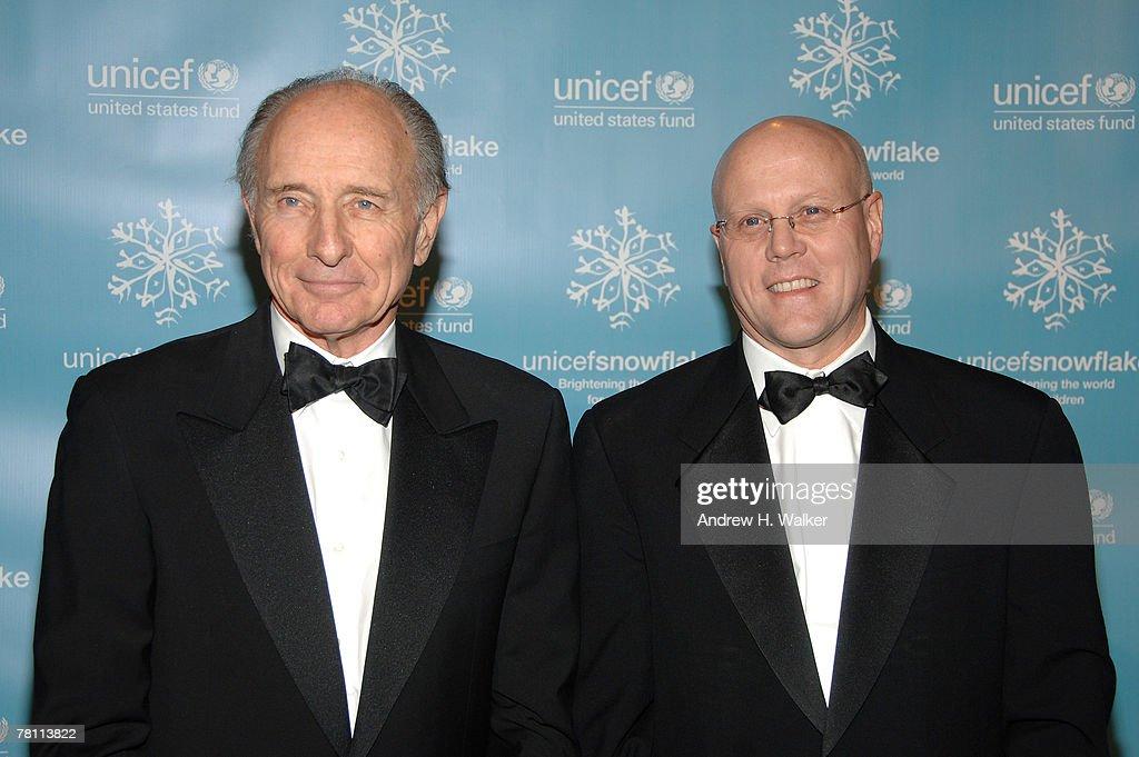 Baccarat Presents UNICEF 2007 Snowflake Ball - Arrivals : News Photo