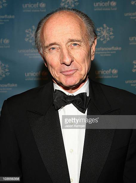 Anthony Pantaleoni arrives to the 2007 UNICEF Snowflake Ball at Cipriani 42nd Street on November 27 2007 in New York City