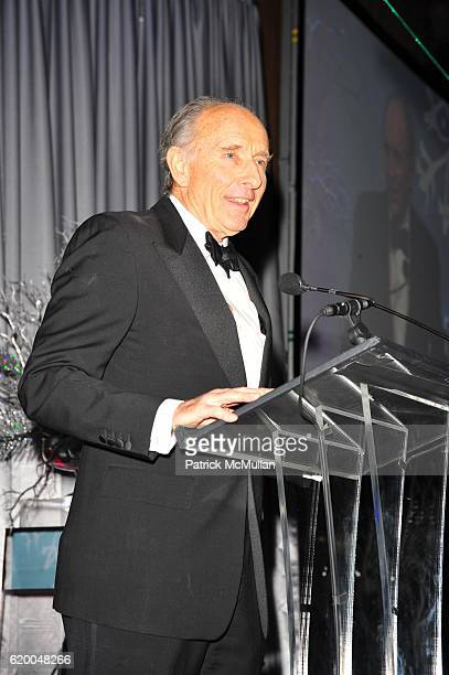 Anthony Pantaleoni attends UNICEF 2008 SNOWFLAKE BALL at Cipriani 42nd NYC on December 3 2008