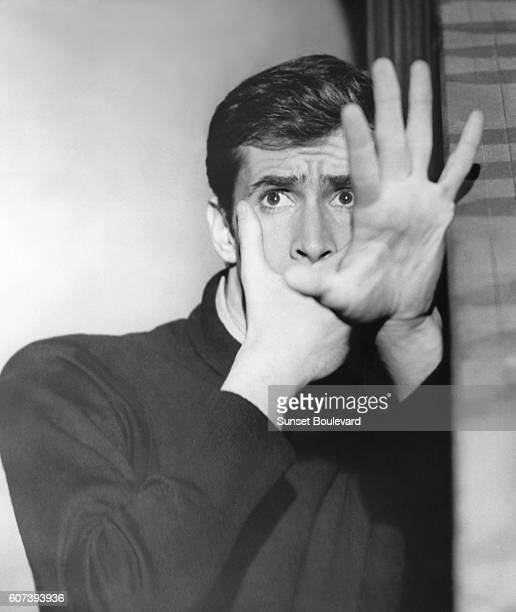 Anthony Perkins on the set of 'Psycho' directed by Alfred Hitchcok