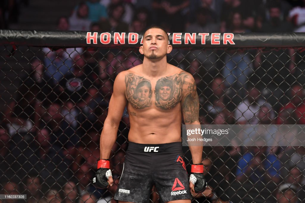 UFC 241: Pettis v Diaz : News Photo