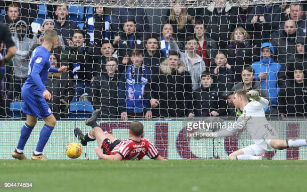 Anthony Pilkington of Cardiff scores the fourth goal during the Sky Bet Championship match between Cardiff City and Sunderland at Cardiff City...