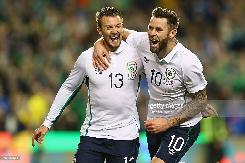 Anthony Pilkington (L) of Ireland celebrates scoring his sides opening goal with Daryl Murphy (R) during the International Friendly match between the Republic of Ireland and USA at the Aviva Stadium on November 18, 2014 in Dublin, Ireland.