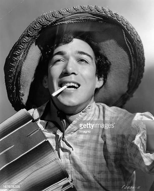 Anthony Quinn in the movie The last train from Madrid Photograph 1937 Anthony Quinn im Film The last train from Madrid Photographie 1937