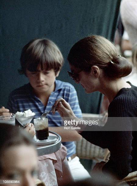 Anthony Radziwill and Jackie Onassis during Jackie Kennedy and Family Shopping in Capri August 24 1970 in Capri Italy