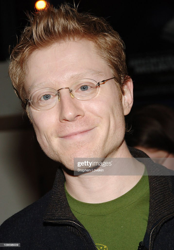 """Anthony Rapp Signs His Book """"Without You"""" at Barnes & Noble in New York City - February 21, 2006"""